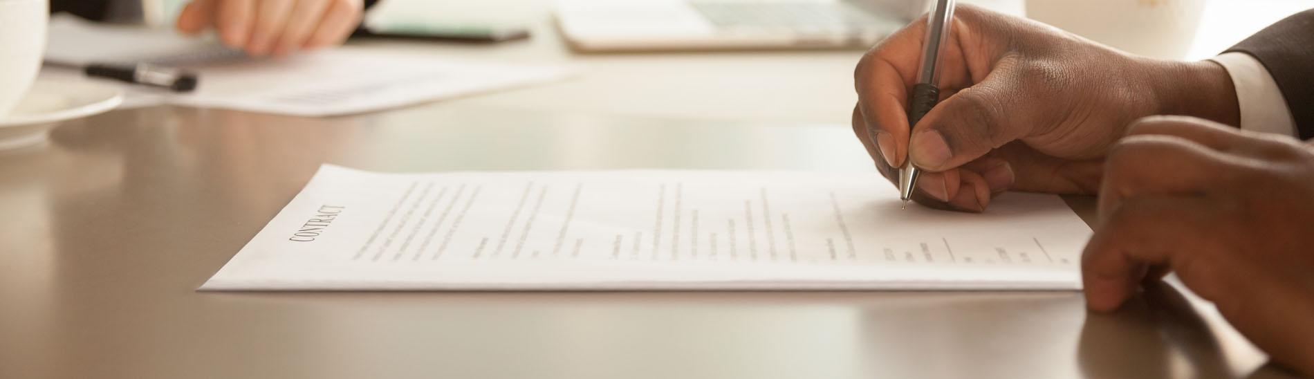 Abogados Contratos y concesiones administrativas en Córdoba
